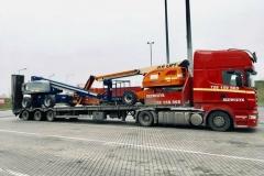 transport-maszyn-na-lawecie-3